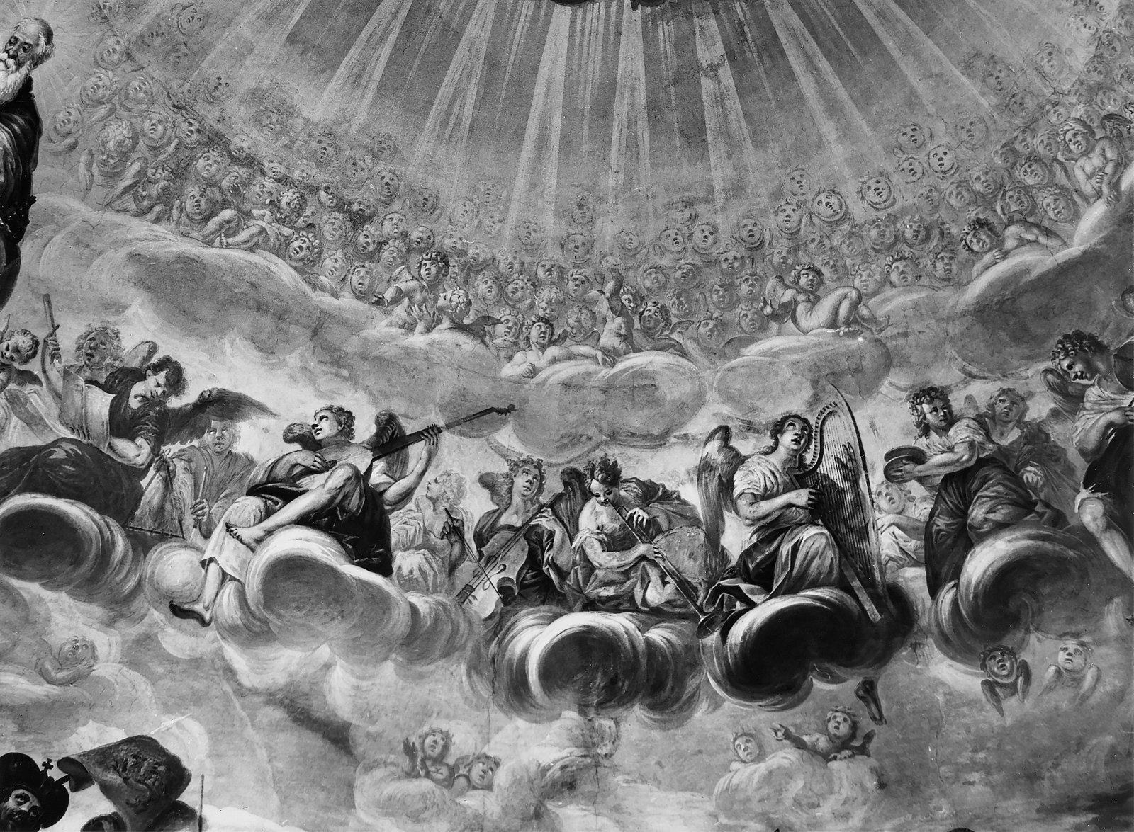 5 il. Muzikuojančiųjų angelų rato fragmentas. Fot. Jonas Šaparauskas. 1988 m.