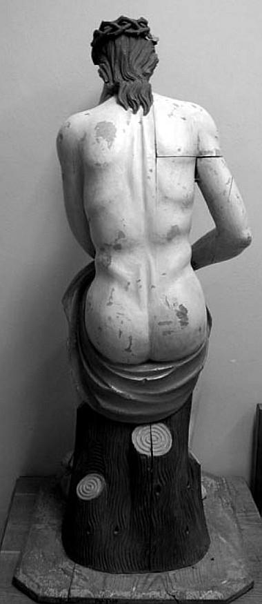 2 pav. Nugarinė skulptūros pusė (G. Surdokaitės nuotr., 2007)
