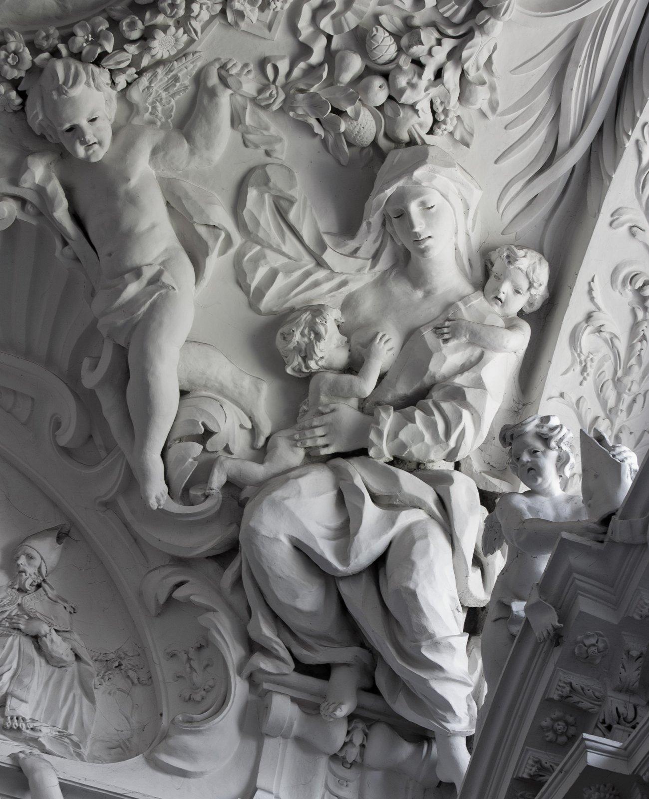 3 pav. Šv. Petro ir Pauliaus bažnyčios Antakalnyje stiuko lipdinių fragmentas. Fot. M. Ambrazas Communicare©