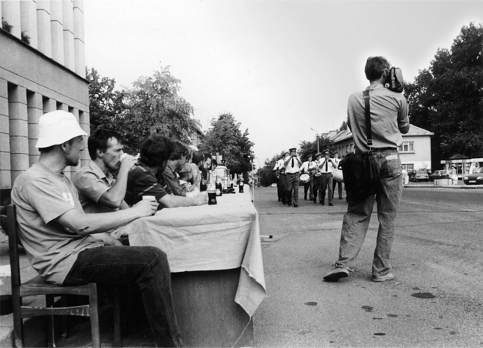 Tiesės. Pjūvio atidarymo akcija, 1995. Vytauto V. Stanionio nuotr.