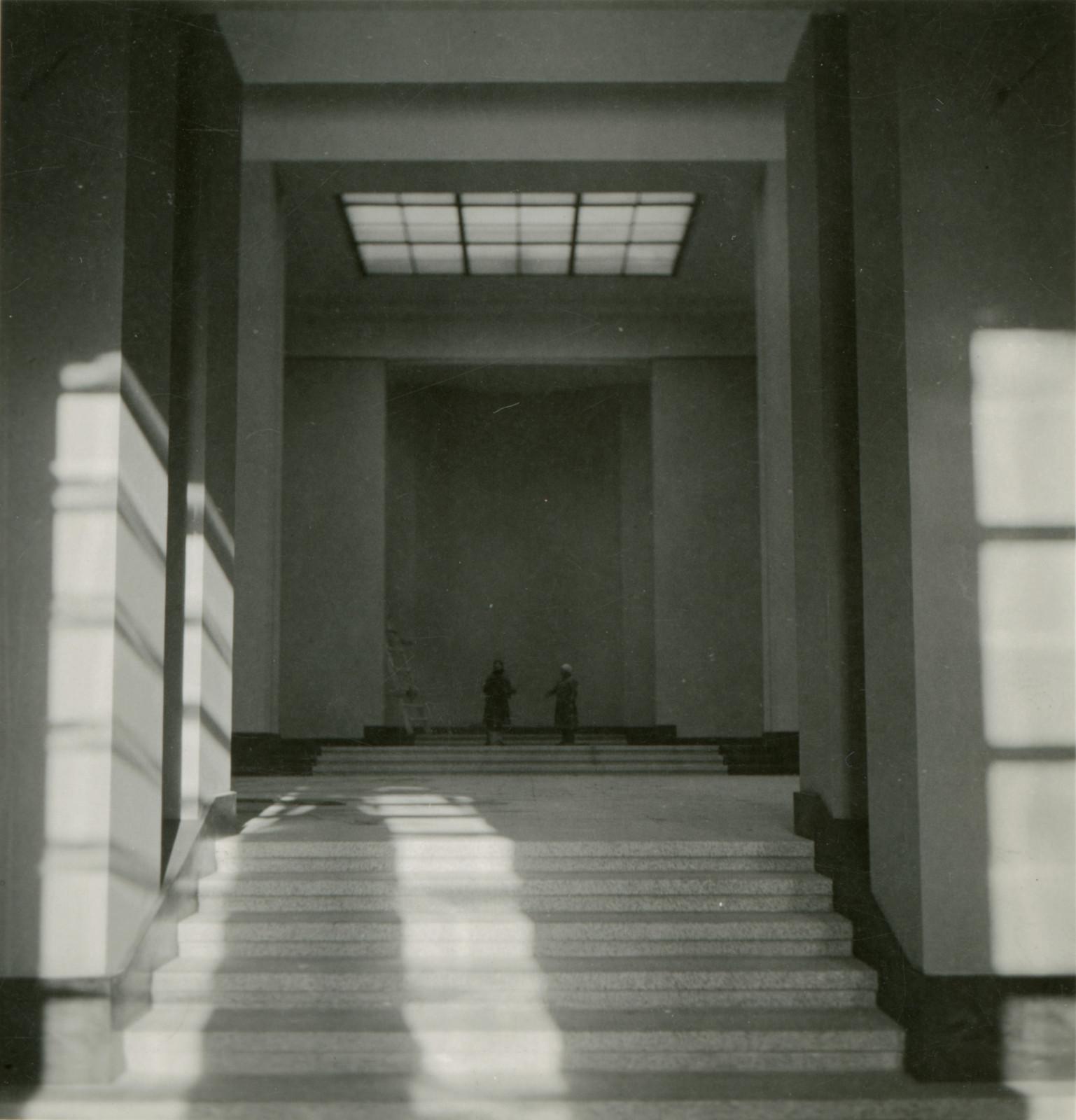 4 il. Vytauto Didžiojo muziejaus statyba. Vytauto Didžiojo karo muziejaus interjero erdvė. 1934 m. Vytauto Didžiojo karo muziejaus nuosavybė, Fa - 14499-73